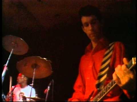 Dead Kennedys - We've Got a Bigger Problem Now (Live)