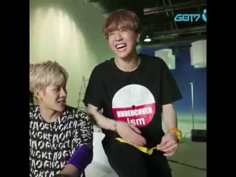 GOT7 YuGyeom laugh so funny ! Do U see the laugh same as Kookie BTS?