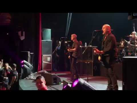 The stranglers in Paris 9