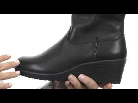 d9994c70d39 Crocs A-Leigh Leather Boot SKU  8171291 - YouTube