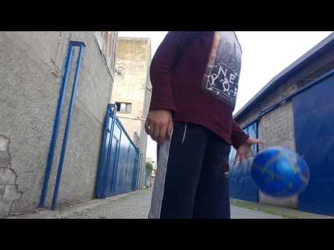 İlk vidyom 😀Üst direk vurma challenge 😆😆