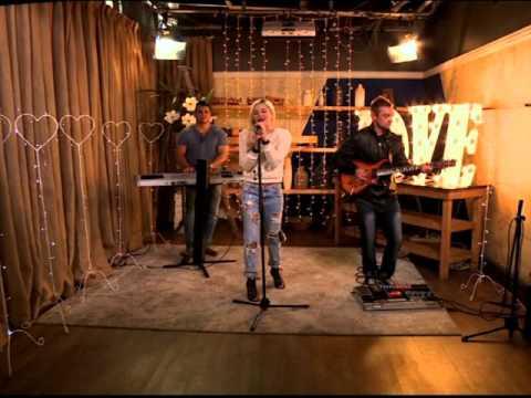 """Karlien van Jaarsveld performs """"Jy is"""""""