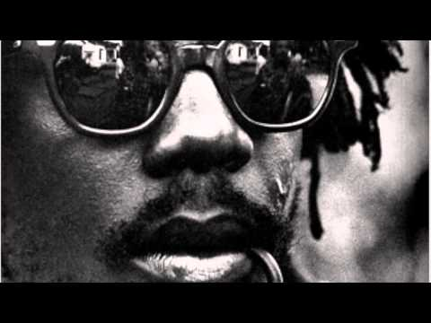Peter Tosh - Straight from the Horse's Mouth (Interview)
