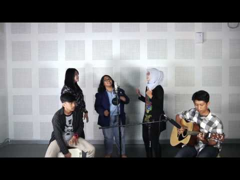 Acoustic MashUp Song Cover (Western & Indonesia)