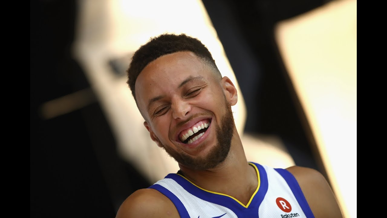 """Stephen Curry says """"stance still the same"""" after Donald Trump's outburst"""