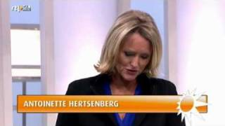 Antoinette Hertsenberg (RTL Boulevard - Uitreiking Loden Leeuw 2011 - 9 Januari 2012)