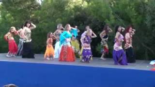 Danza del vientre. Simarik de Tarkan. Centro de Yoga Lakshmi y Arjuna