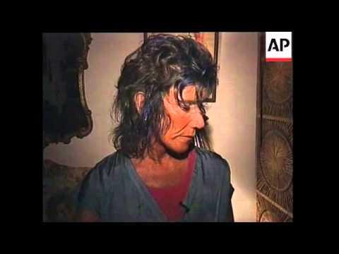 USA: NEW YORK: REPTILE RESCUE MAN