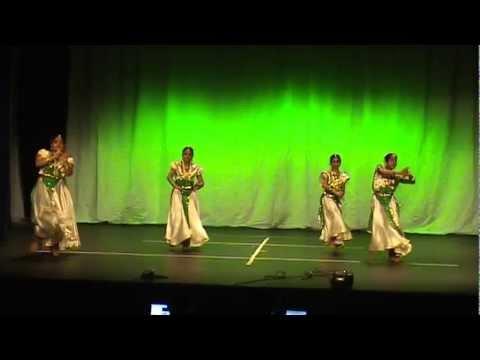 Ente Keralam - ponnin keralam - Performed by the talents from Atlanta during AMMA's Kerala Piravi