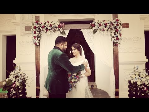 Pearl & Chris Goan Wedding Trailer | Bay 15