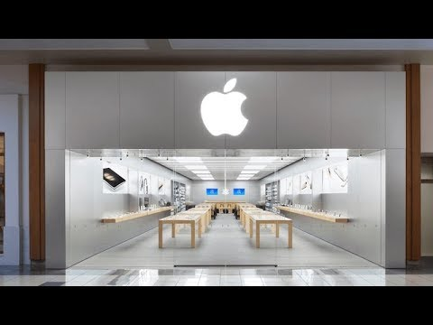 Apple Apologizes for Slowing iPhones & Offers $29 Battery Replacement - LIVE COVERAGE