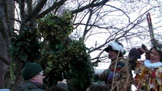 Twelfth Night - Wassail To The Globe Theatre In London From The Lions Part (3rd January 2010) 1 Of 3