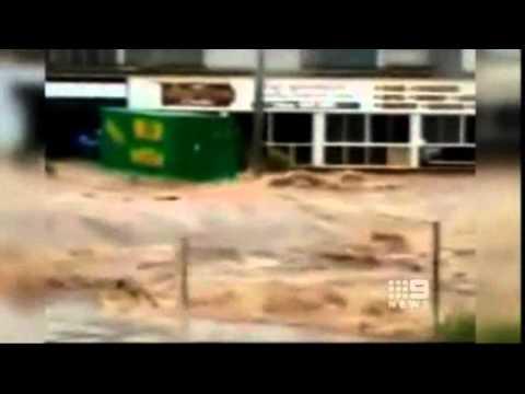 Worst Queensland Floods In 35 Years 11/01/11