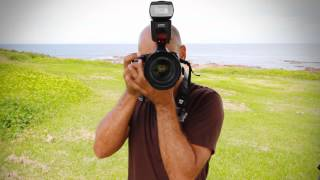 How to hold a Digital SLR Camera like a PRO