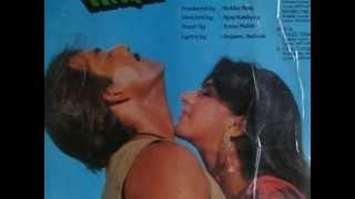 Video Kala Kauwa Dekhta Hai [Full Song] (HD) With Lyrics - Mera Haque download MP3, 3GP, MP4, WEBM, AVI, FLV April 2018