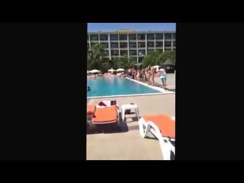 Russian tourists in Turkey swimming pool!