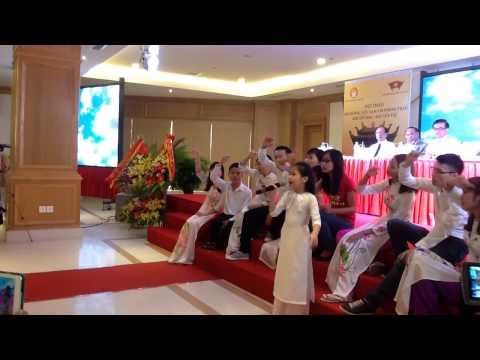 Tự nguyện - Cao Lê Hà Trang (The Voice Kids 2014)