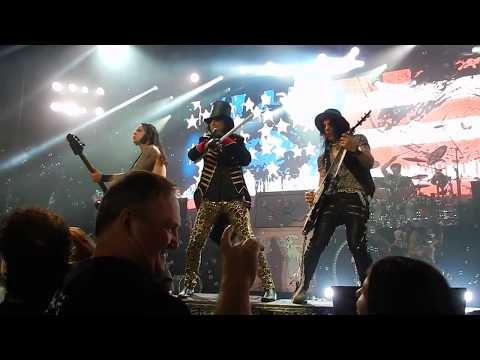 Schools Out - Alice Cooper The Greek Theater 8/13/17