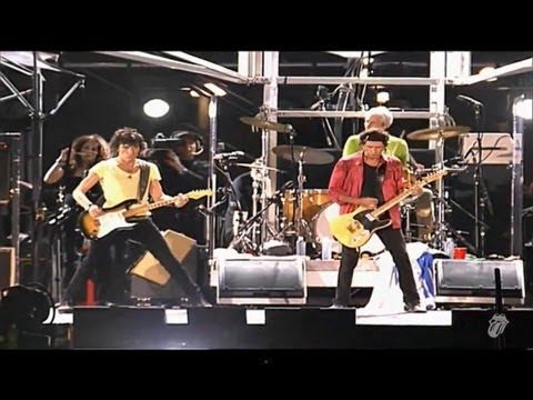 The Rolling Stones - Start Me Up (Live) - OFFICIAL