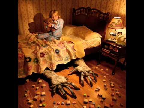 Creepypasta 04 - No mires debajo de la cama
