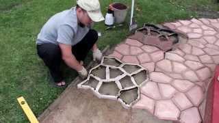 ЧАСТЬ 1: Садовая дорожка (тротуарная плитка) своими руками | PART 1: Handmade garden walkway(, 2013-08-22T05:57:53.000Z)