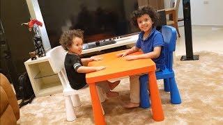 🔥فآجأت آسر وسامر بطاولة وكراسي أطفال🔥