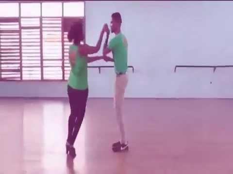 Salsa demostracion con RAIZ CUBA ACADEMY DANCE