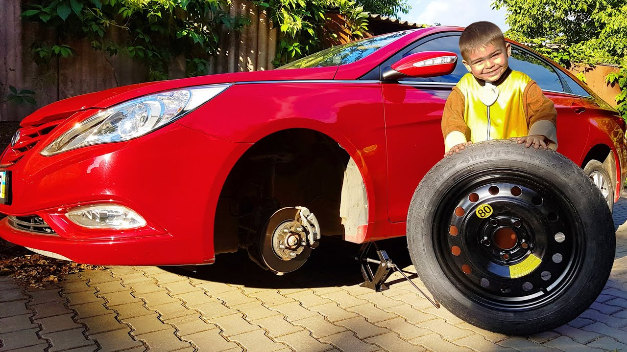 The wheel went down on Red Car Funny Paw Patrol Ride on POWER WHEEL Bmw and Changing Wheel