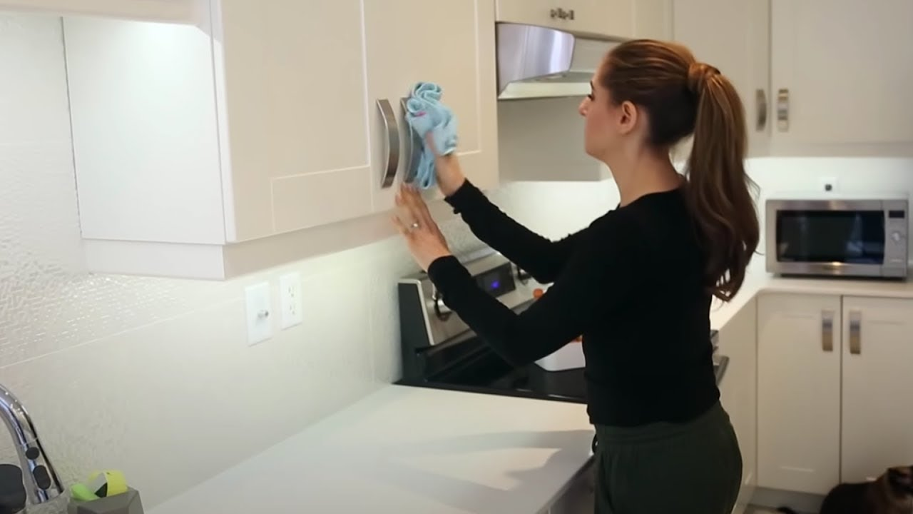 7 EXPERT CLEANING TIPS YOU NEED TO BE USING!