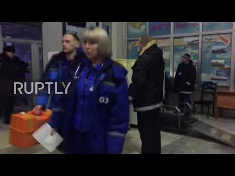 Russia: Families of plane crash victims wait anxiously for news on loved ones