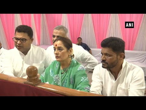 Poonam Sinha files nomination from Lucknow, to fight against Rajnath Singh