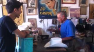 Los Gavilancitos de Nuevo León - Visitando a Sombrereria El Castor