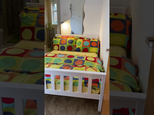 Lovely double en-suite room  Main Photo