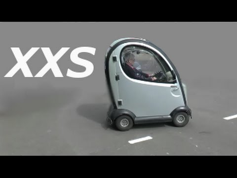 das kleinste auto der welt the smallest car in the world on the road youtube. Black Bedroom Furniture Sets. Home Design Ideas