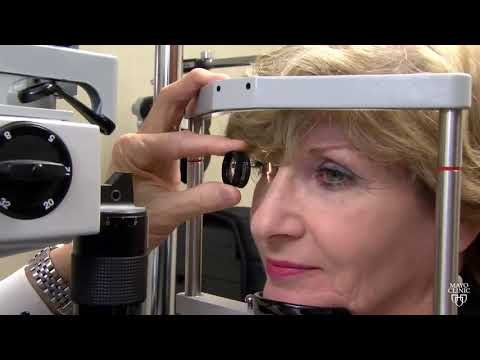Mayo Clinic Minute: What are eye floaters?