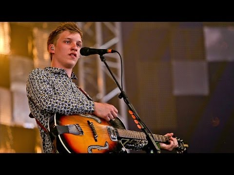 George Ezra - Blame It On Me at Glastonbury 2014