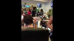 Fight in the nail shop!!