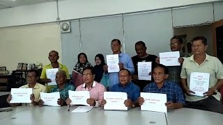 7 Johor Umno branch leaders quit, pledge to support PH