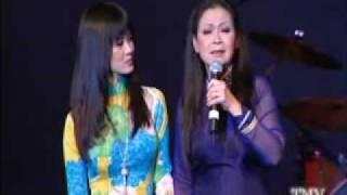 Khanh Ly_Hong Nhung_ Nho Mua Thu Ha Noi trong Live show Noi Long Nguoi Di Concert_by nhomthe FRiends