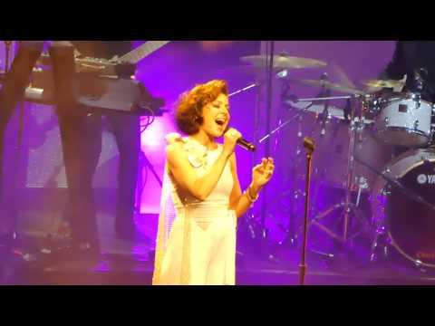Tina Arena - MacArthur Park (Live)