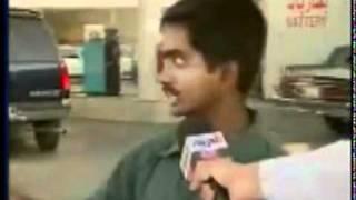 هندي يشرح لقناة اخباريه