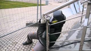 ТИГ сварка в аргоне на монтаже , сварка перил.(Основная проблема при сварке на открытом воздухе это газовая защита сварочного шва. Малейший ветерок сдув..., 2016-01-23T06:55:03.000Z)