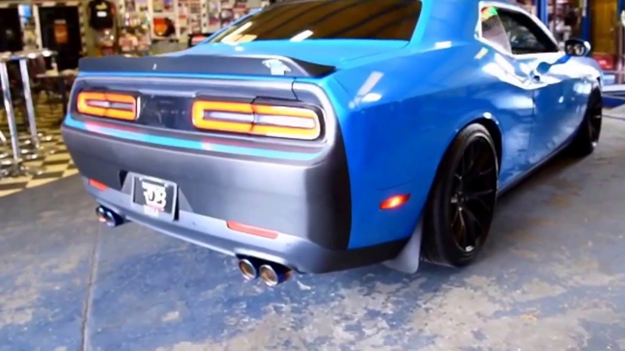Dodge Challenger 6 4l Slp Dual Exhaust And Blue Flame Quad