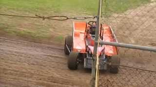 Ray Eggins Goes Topless - V8 Dirt Modified - Lismore Speedway - 06.03.15