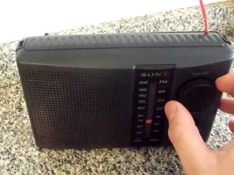 1980's Sony ICF-32 4 BAND Portable radio - YouTube