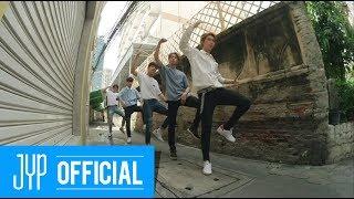 """Download Stray Kids """"극과 극(N/S)"""" Video (Street Ver.)"""