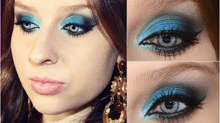 Maquiagem dramática em tons de azul - Priscila Simões