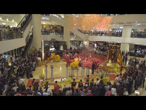 Hong Kong Chinese Lunar New Year 2017 - Lion Dance Performance @ Pacific Place (Re-edit)