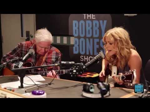 Lindsay Ell Shreds Guitar, Plays Crossroads with 81 Year Old