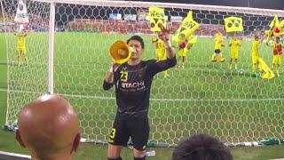 2016年7月2日、アルビレックス新潟戦の試合終了後の選手挨拶です。 リオ...